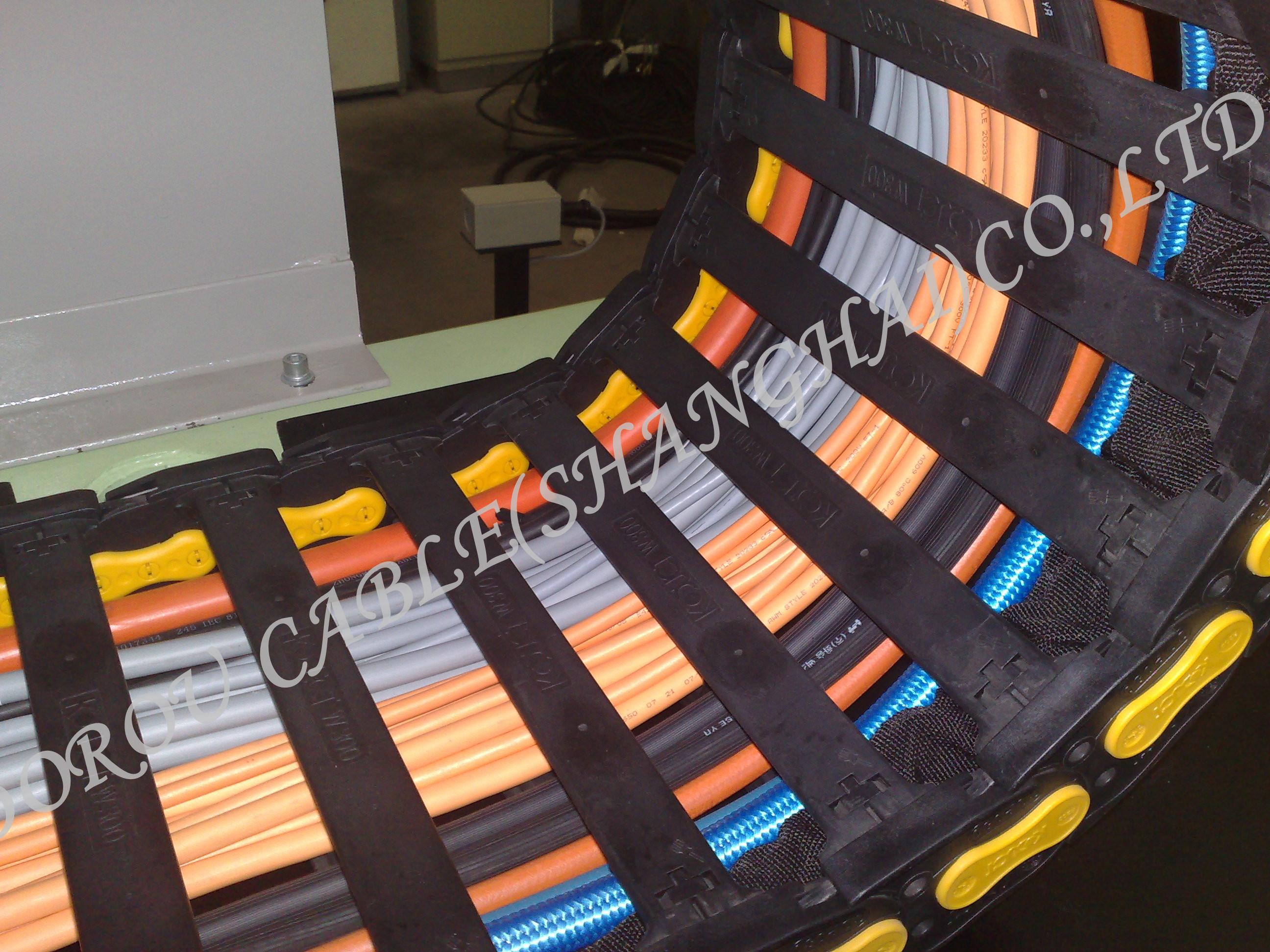 高柔性拖链电缆应用案例